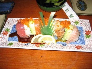 rainbow roll = heaven in yer mouth